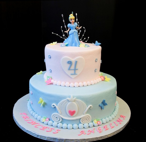 Beautiful Cinderella Birthday Cakes Pictures