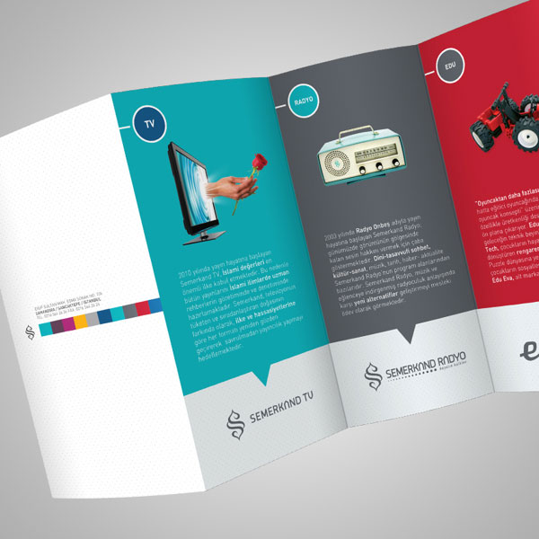 Beautiful Deca Fold Brochure Design