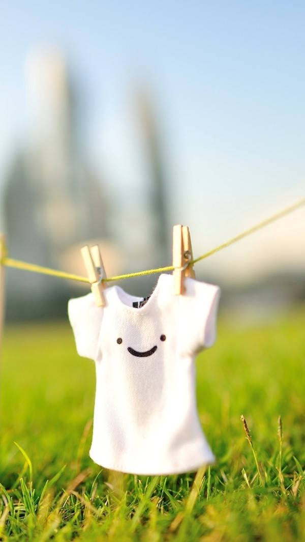 cute smile t-shirt iphone 5 wallpaper